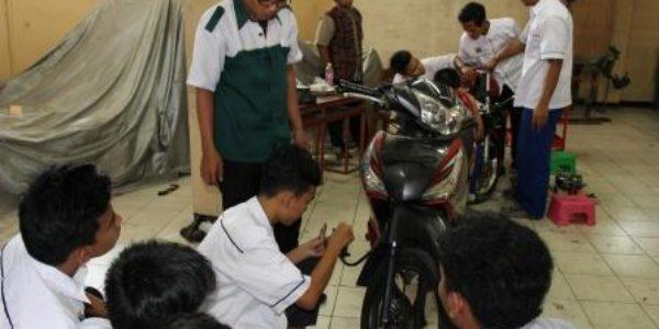 MTU Teknik Sepeda Motor